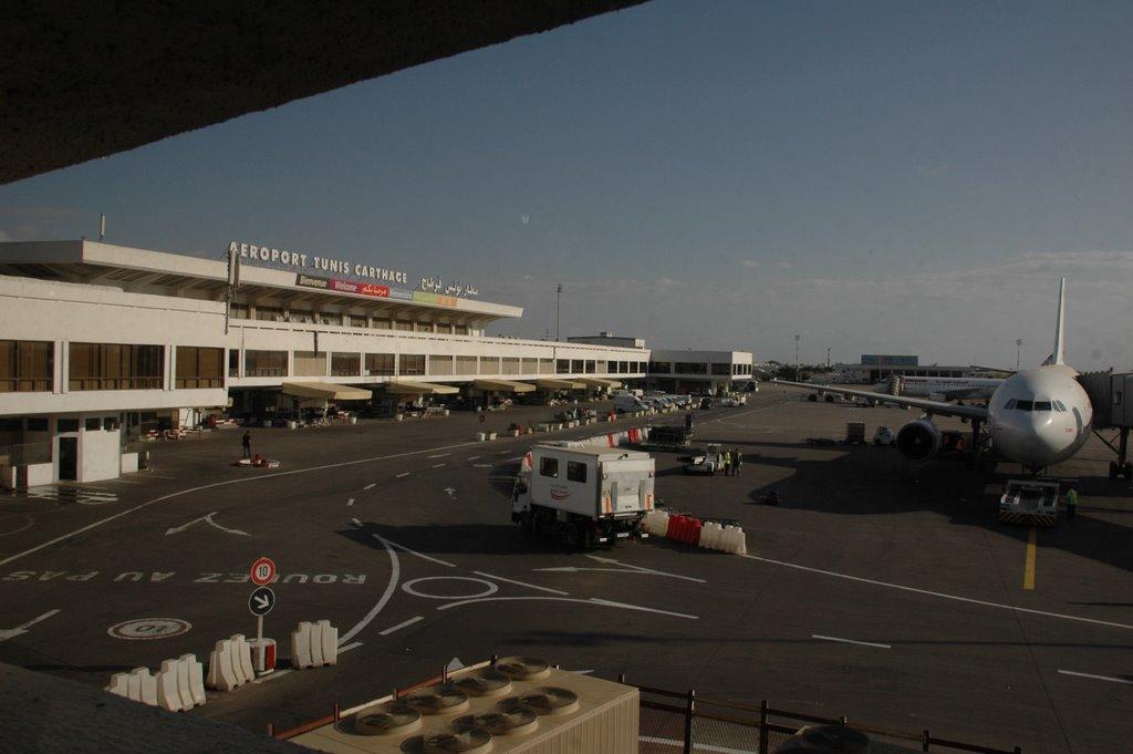 Tunis a roport international tunis carthage a roports - Office de l aviation civile et des aeroports tunisie ...